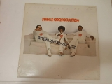 LP THE HUES CORPORATION - LOVE CORPORATION